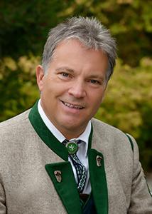 Kapellmeister Manfred Skale